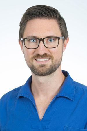 Fachzahnarzt für Oralchirurgie Gerrit Schauermann