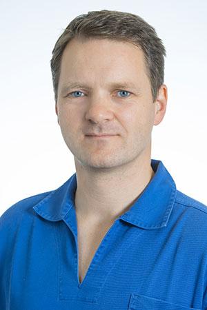 Fachzahnarzt für Oralchirurgie Markus Fichtmüller